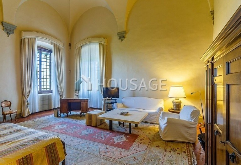 9 bed villa for sale in Florence, Italy, 2800 m² - photo 33