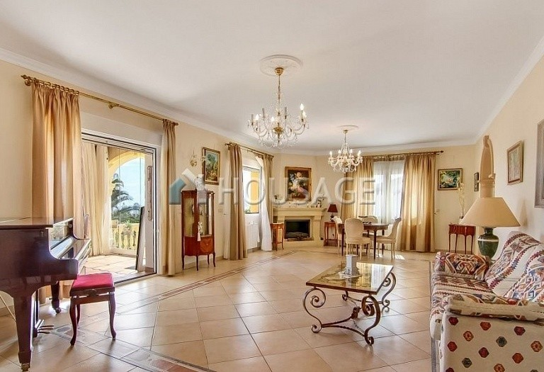 3 bed villa for sale in Calpe, Spain, 300 m² - photo 4