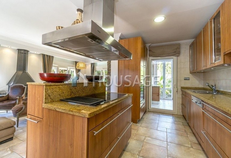 6 bed villa for sale in Orihuela, Spain, 252 m² - photo 9