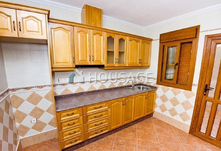 3 bed villa for sale in Torrevieja, Spain, 106 m² - photo 3