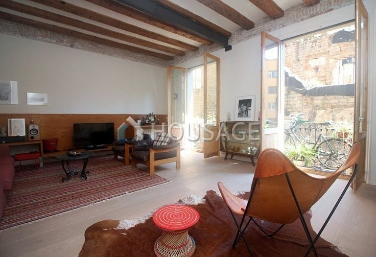 3 bed flat for sale in Gothic Quarter, Barcelona, Spain, 140 m² - photo 2