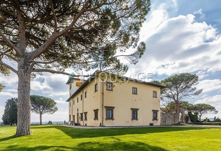 9 bed villa for sale in Florence, Italy, 2800 m² - photo 60