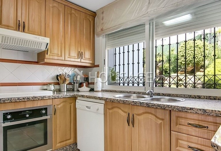 4 bed townhouse for sale in Marbella, Spain, 254 m² - photo 4