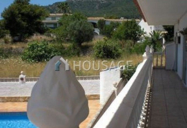 6 bed villa for sale in Calpe, Calpe, Spain, 230 m² - photo 8