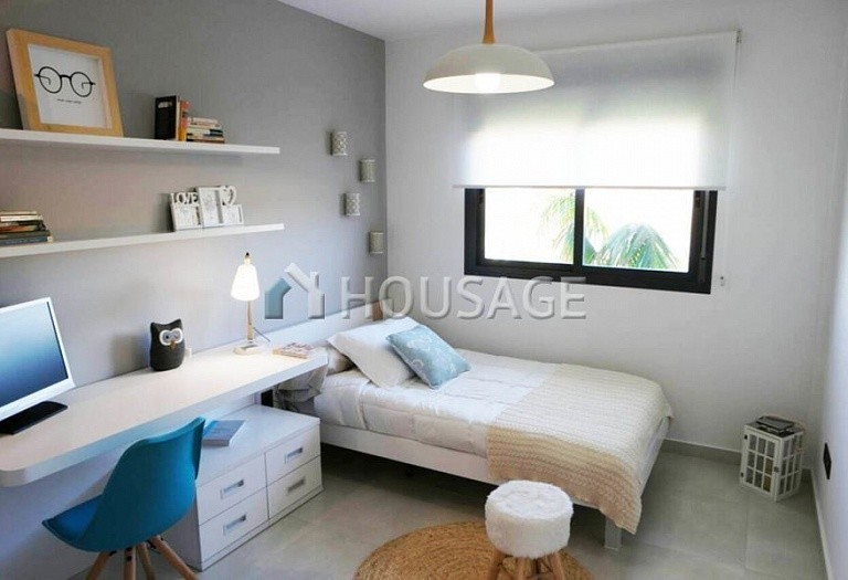 2 bed flat for sale in Alicante, Spain, 85 m² - photo 2