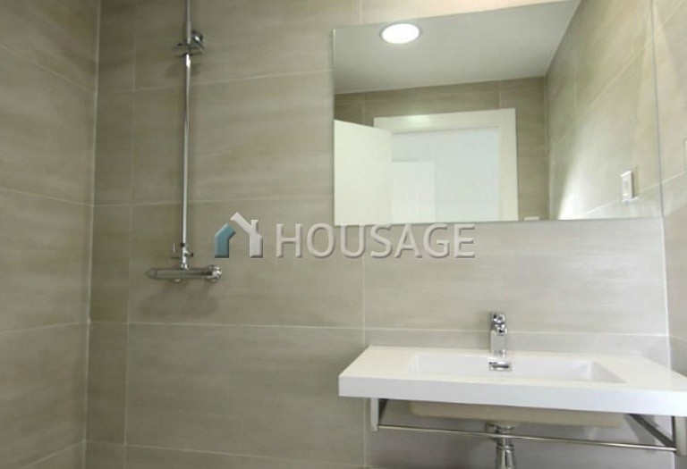 2 bed a house for sale in Torrevieja, Spain, 63 m² - photo 9