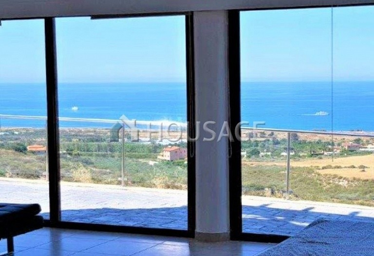 6 bed villa for sale in Kissonerga, Pafos, Cyprus, 440 m² - photo 7