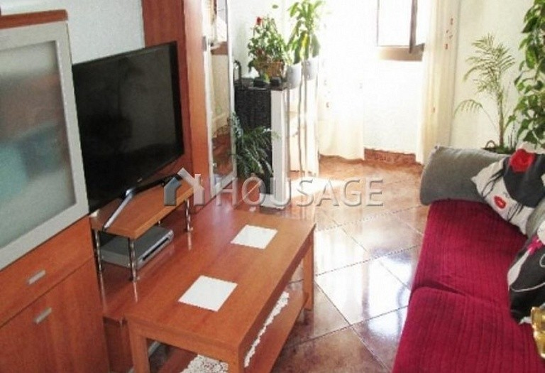 4 bed flat for sale in Hospitalet, Spain, 97 m² - photo 26