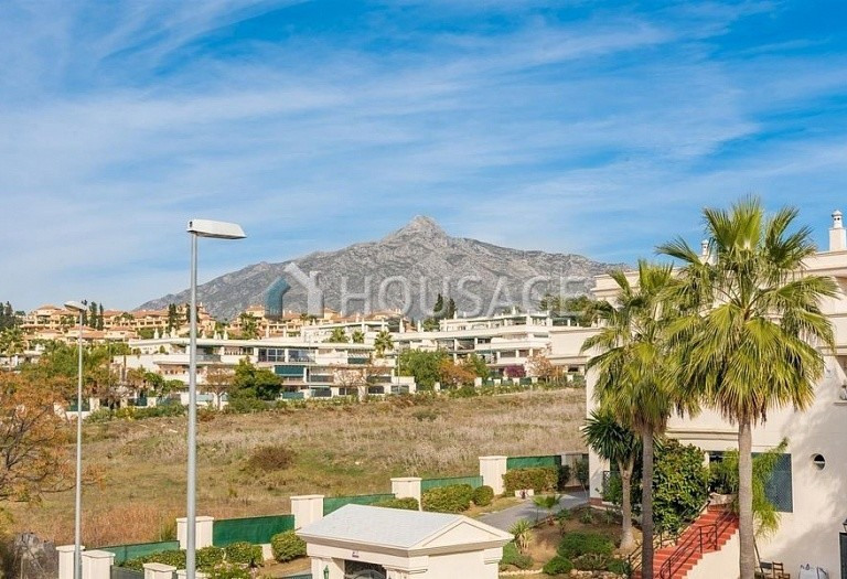 Townhouse for sale in Nueva Andalucia, Marbella, Spain, 392 m² - photo 17