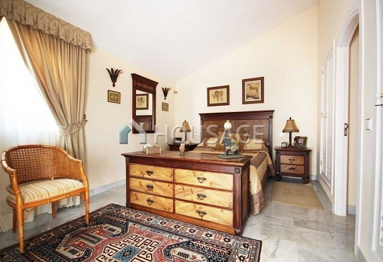 Townhouse for sale in Marbella, Spain, 234 m² - photo 12