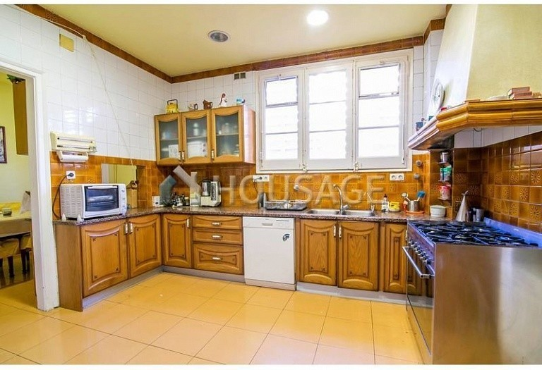 10 bed flat for sale in Barcelona, Spain, 425 m² - photo 21