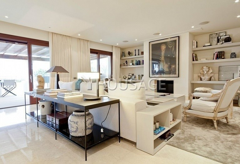 Flat for sale in Los Monteros, Marbella, Spain, 749 m² - photo 4