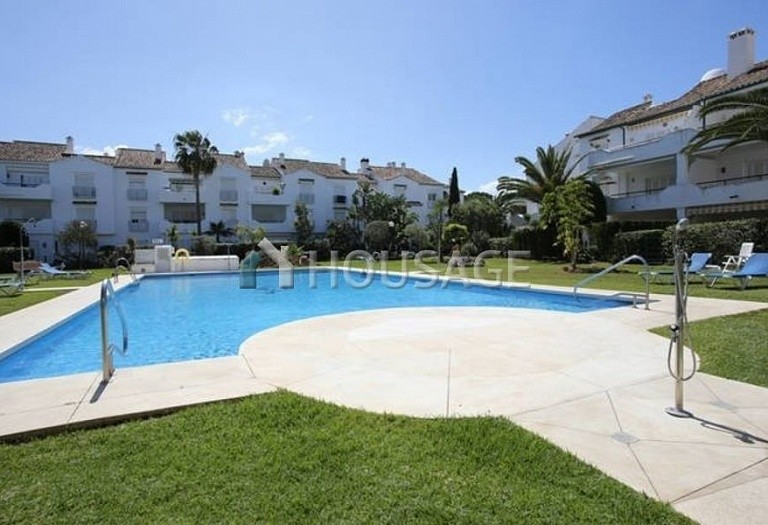 Flat for sale in New Golden Mile, Estepona, Spain, 196 m² - photo 13