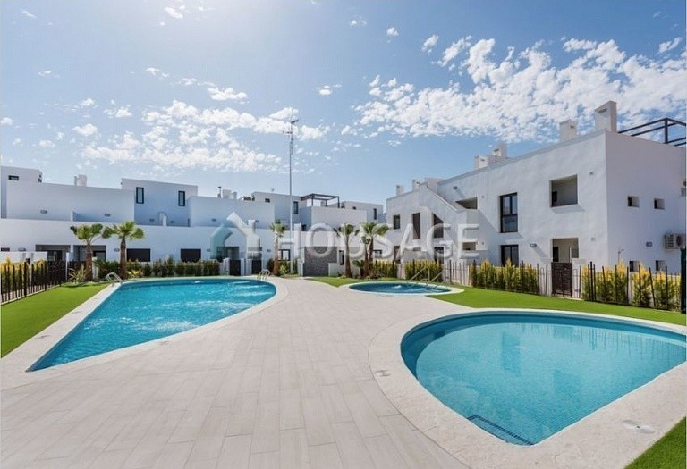 2 bed apartment for sale in Pilar de la Horadada, Spain, 80 m² - photo 1