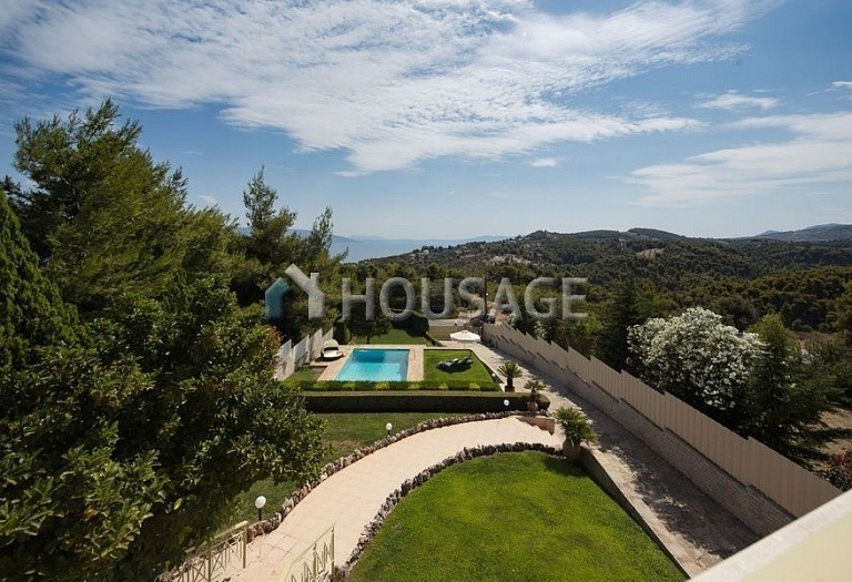 3 bed villa for sale in Athens, Greece, 250 m² - photo 2