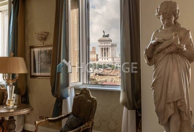 3 bed flat for sale in Rome, Italy, 200 m² - photo 3