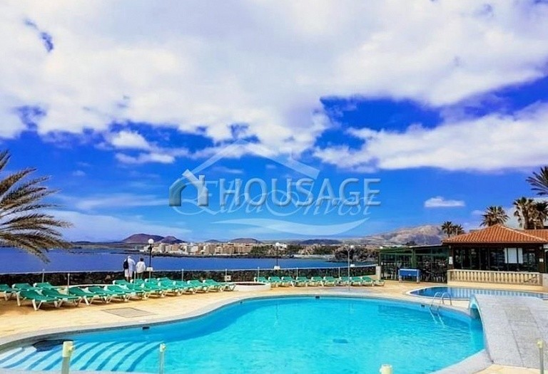 2 bed townhouse for sale in Arona, Spain, 70 m² - photo 1