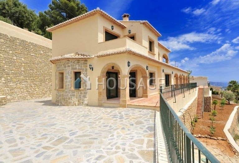 5 bed villa for sale in Benisa, Benisa, Spain, 400 m² - photo 1