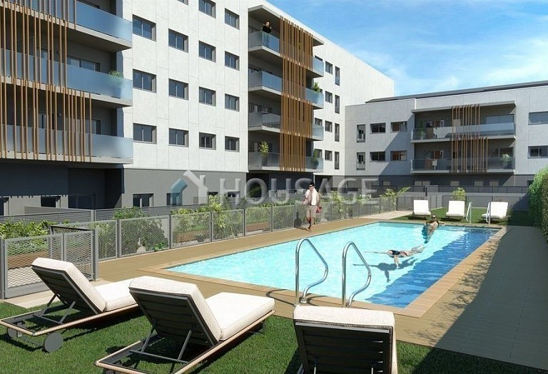 3 bed townhouse for sale in Sabadell, Spain, 201 m² - photo 3