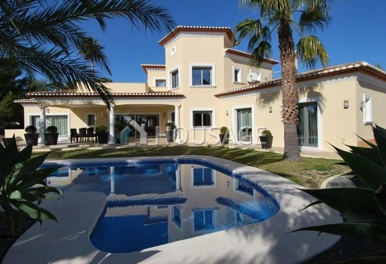 4 bed villa for sale in Benisa, Benisa, Spain, 490 m² - photo 1