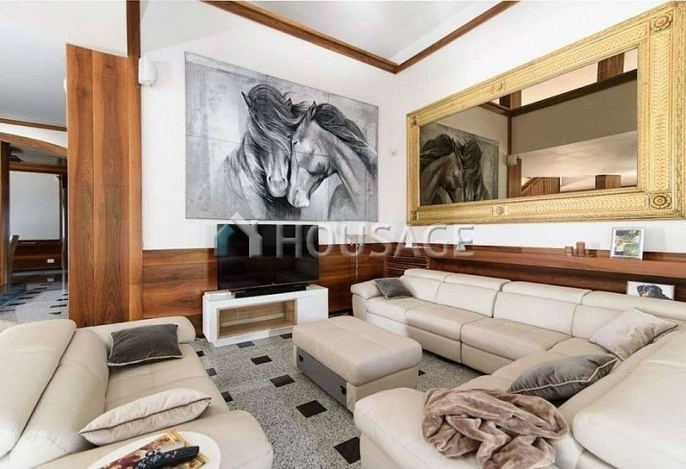 9 bed villa for sale in Rome, Italy, 1100 m² - photo 3