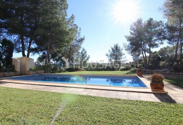 4 bed villa for sale in Teulada, Spain, 340 m² - photo 3