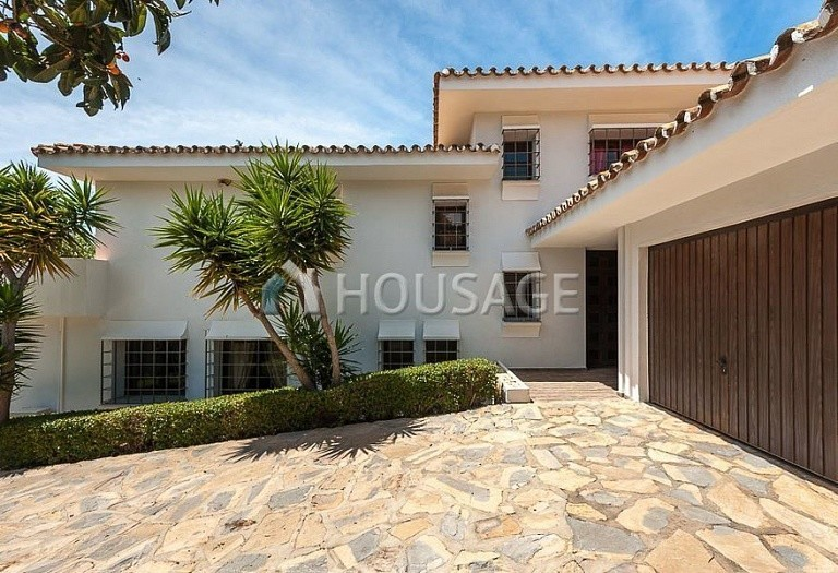 Villa for sale in El Rosario, Marbella, Spain, 246 m² - photo 4