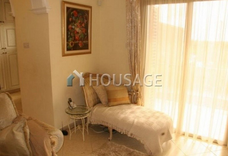 4 bed villa for sale in Coral Bay, Pafos, Cyprus, 200 m² - photo 11