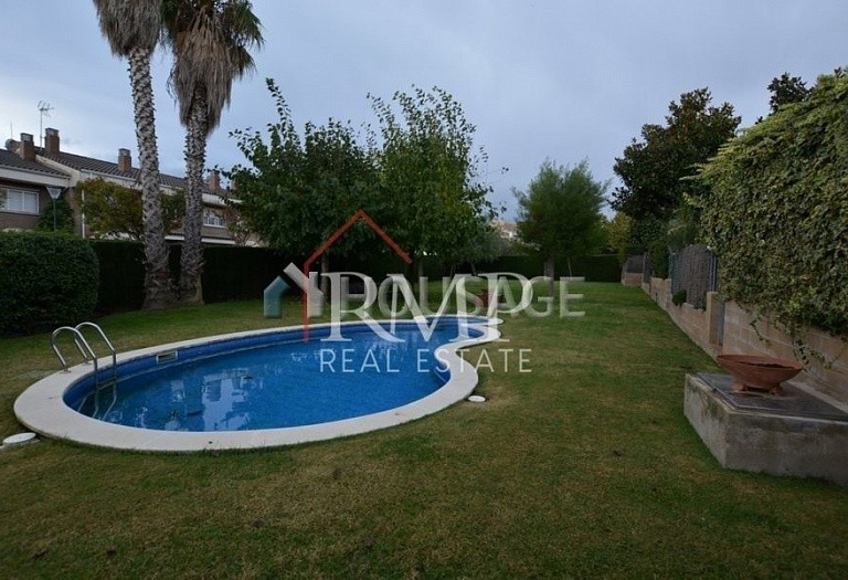 4 bed townhouse for sale in Sant Andreu de Llavaneres, Spain, 247 m² - photo 4