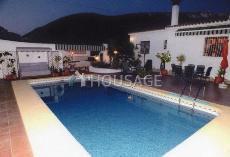 6 bed villa for sale in Benitachell, Benitachell, Spain - photo 2