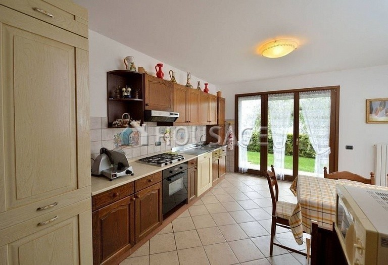 6 bed villa for sale in Diano Marina, Italy, 350 m² - photo 15