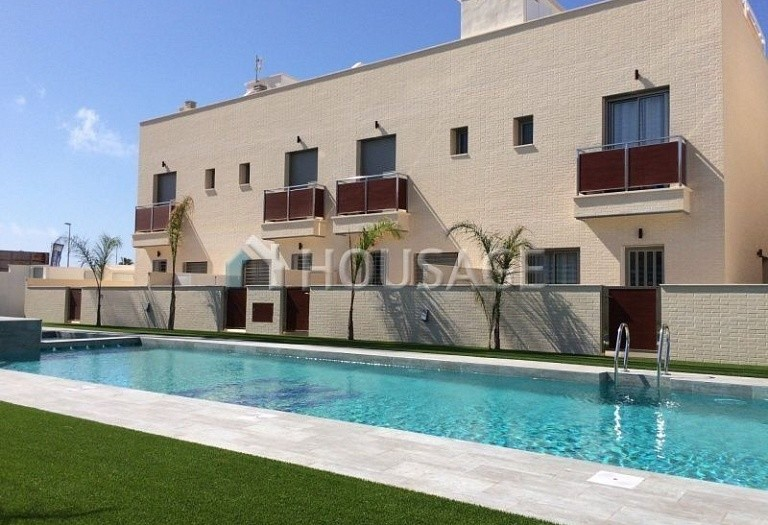 2 bed apartment for sale in Pilar de la Horadada, Spain, 61 m² - photo 1