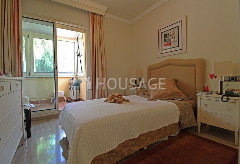 Flat for sale in Marbella Golden Mile, Marbella, Spain, 390 m² - photo 13