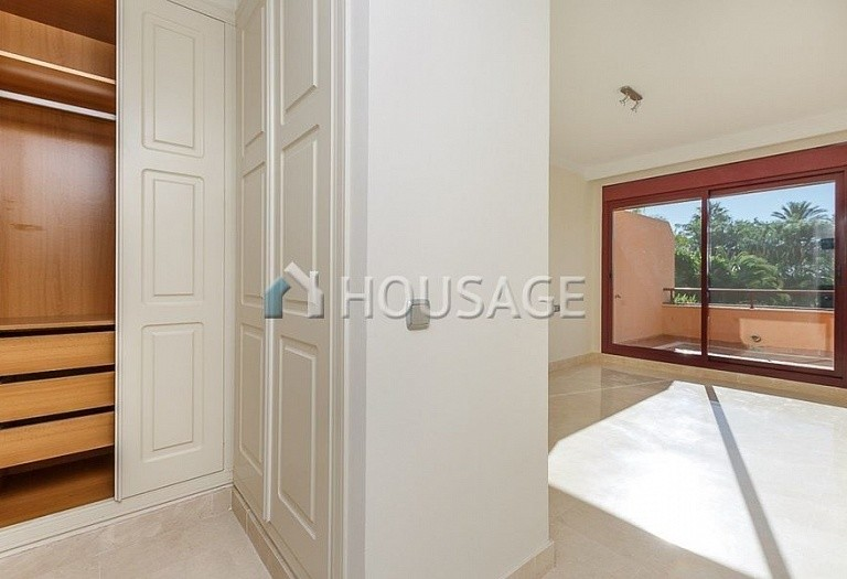 Townhouse for sale in Estepona, Spain, 192 m² - photo 9