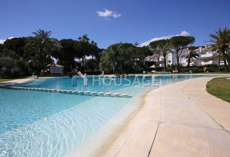 Flat for sale in New Golden Mile, Estepona, Spain, 196 m² - photo 5