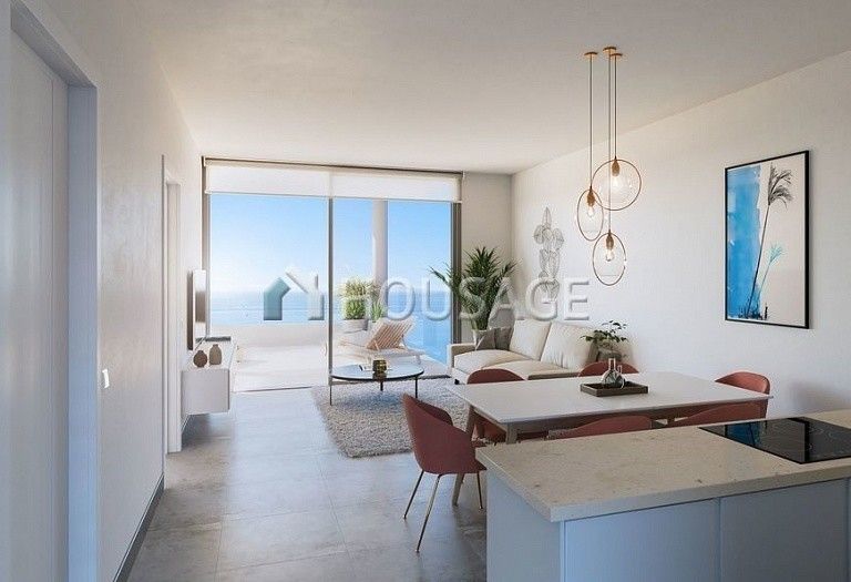 3 bed flat for sale in Fuengirola, Spain, 160 m² - photo 2