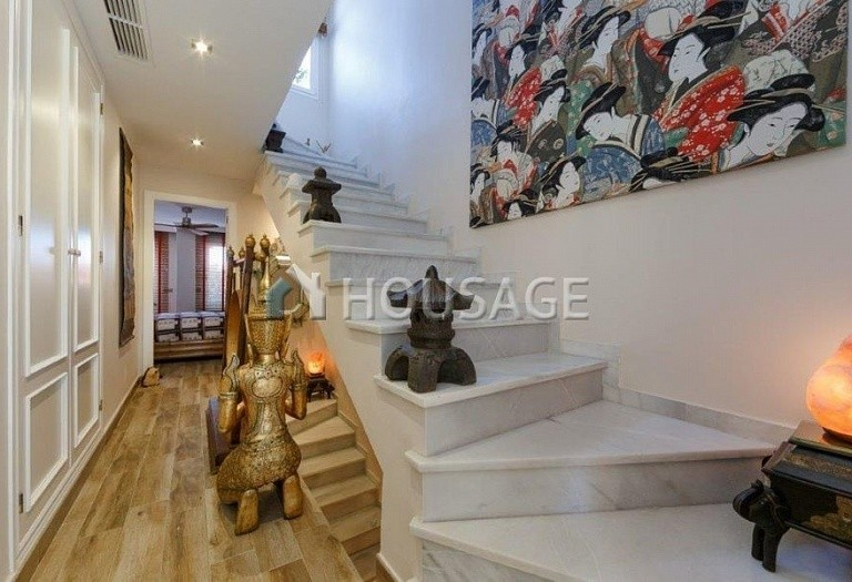 Townhouse for sale in Nueva Andalucia, Marbella, Spain, 487 m² - photo 2