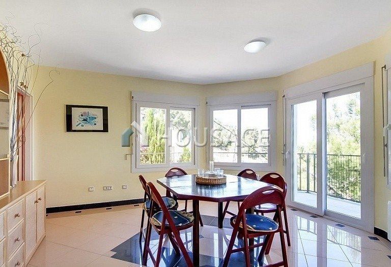 3 bed house for sale in Calpe, Spain, 275 m² - photo 3