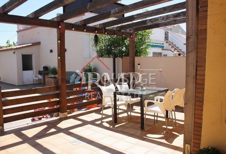 4 bed townhouse for sale in Pineda de Mar, Spain, 156 m² - photo 3