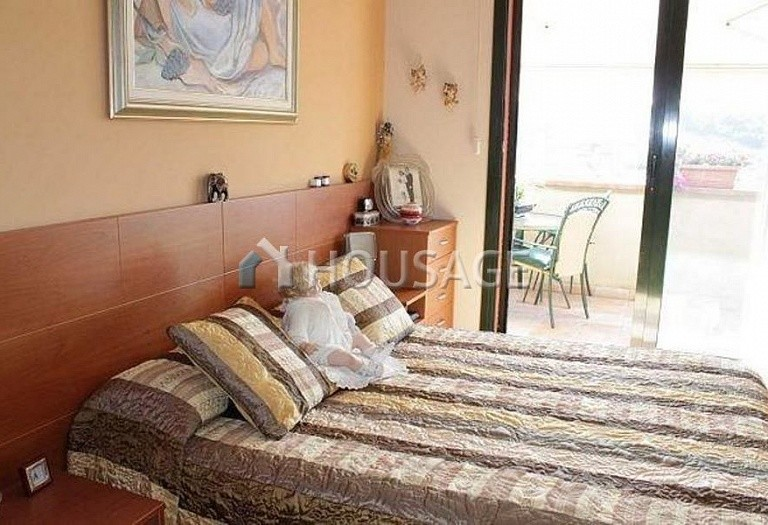 2 bed flat for sale in Fenals, Lloret de Mar, Spain, 80 m² - photo 5