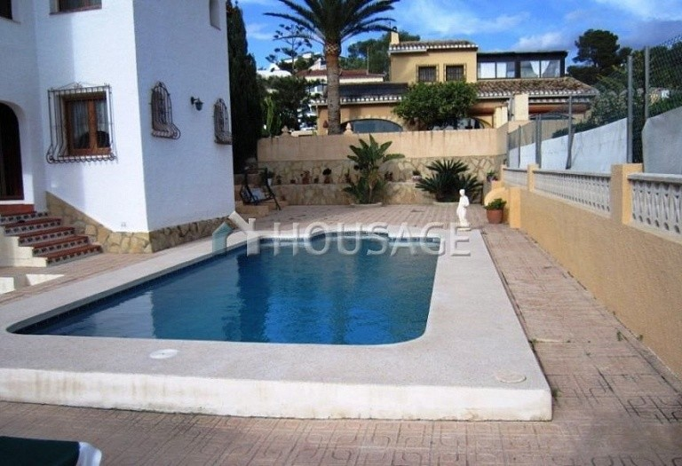 3 bed villa for sale in Calpe, Calpe, Spain, 345 m² - photo 2