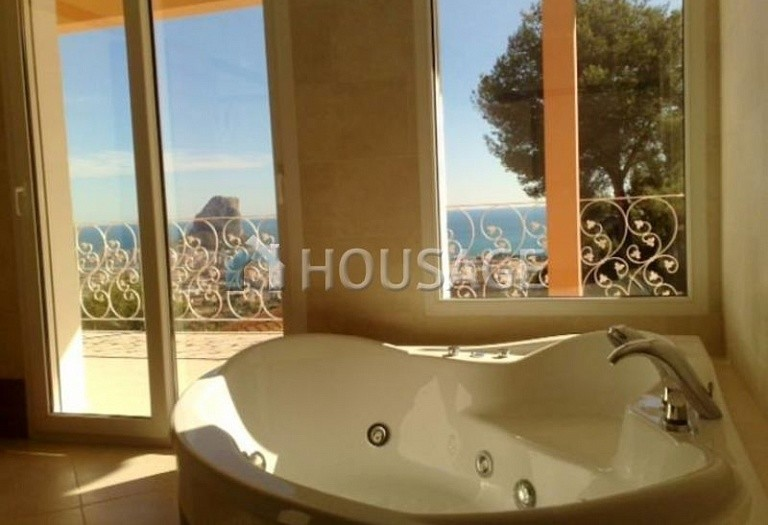 3 bed villa for sale in Calpe, Calpe, Spain, 280 m² - photo 8