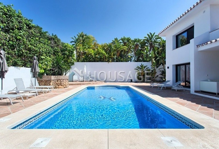Villa for sale in Los Monteros, Marbella, Spain, 511 m² - photo 5