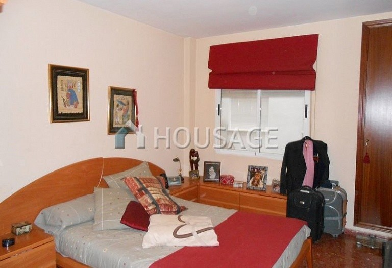 3 bed flat for sale in Paterna, Spain, 82 m² - photo 10