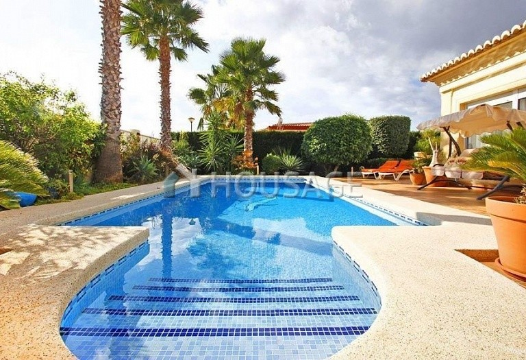 4 bed villa for sale in Calpe, Calpe, Spain, 260 m² - photo 2