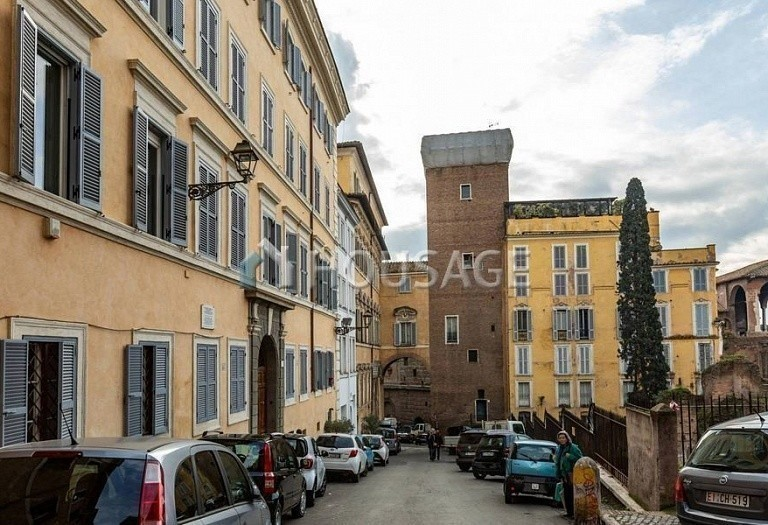 3 bed flat for sale in Rome, Italy, 200 m² - photo 17