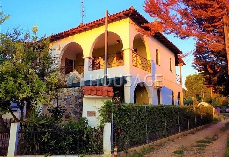 5 bed a house for sale in Nikitas, Sithonia, Greece, 170 m² - photo 1