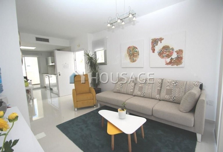 2 bed apartment for sale in Guardamar del Segura, Spain, 69 m² - photo 3