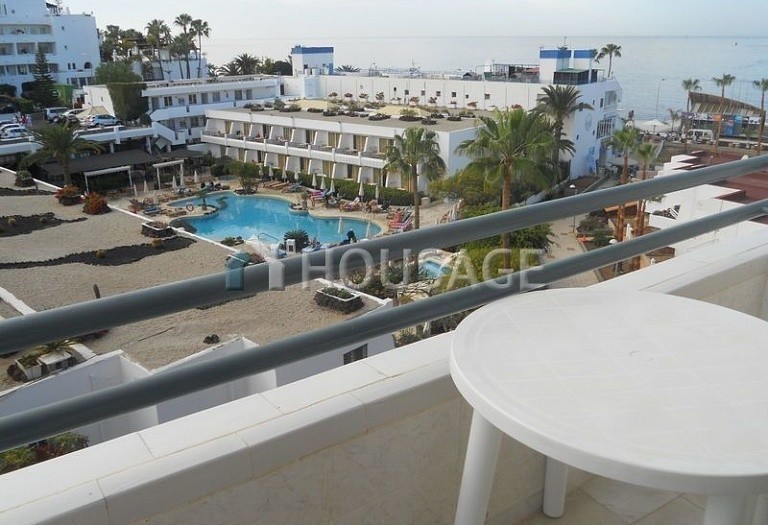 Flat for sale in Adeje, Spain - photo 4