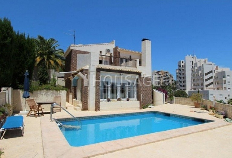 3 bed villa for sale in Calpe, Calpe, Spain, 182 m² - photo 1